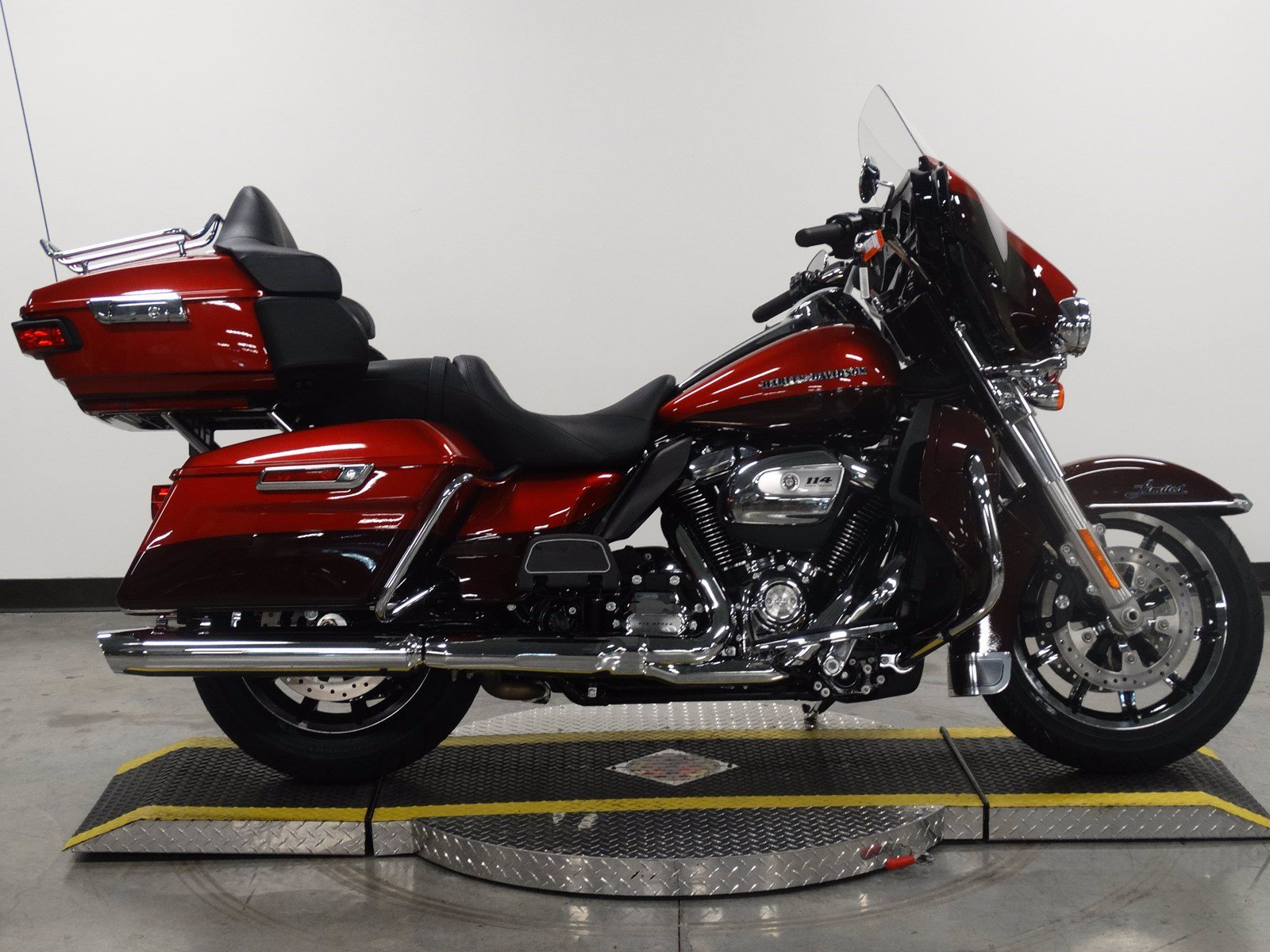 New 2019 Harley-Davidson Ultra Limited FLHTK Touring In