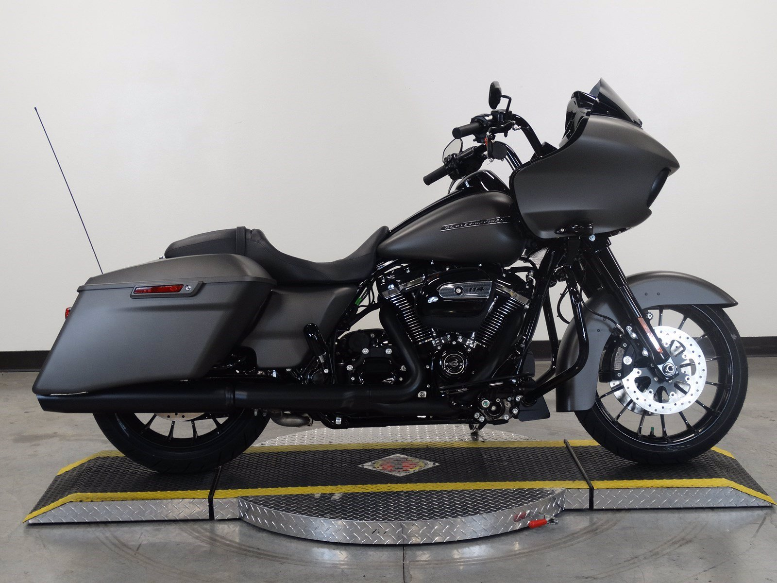 New 2019 Harley-Davidson Road Glide Special FLTRXS