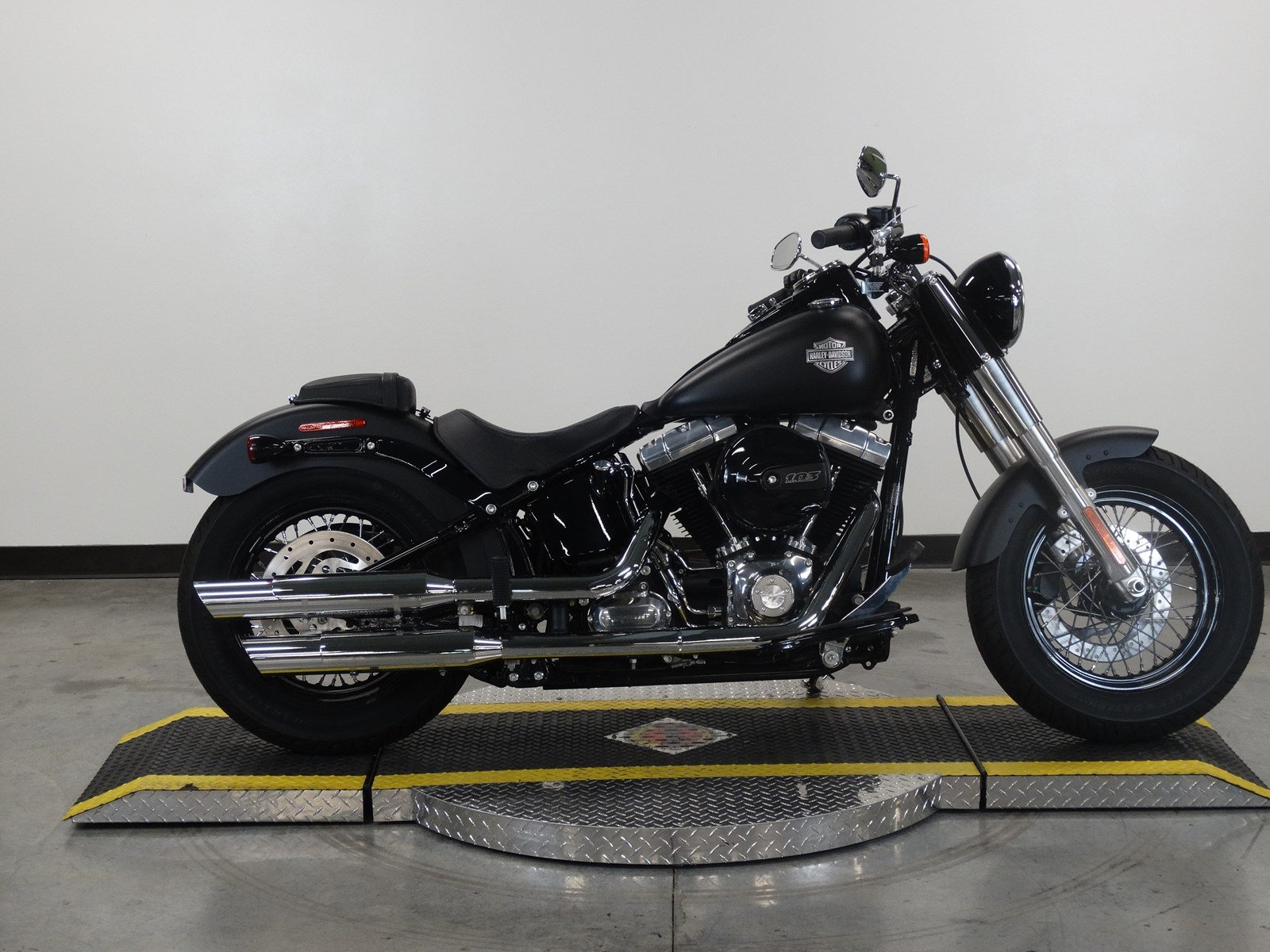Pre-Owned 2017 Harley-Davidson Softail Slim FLS