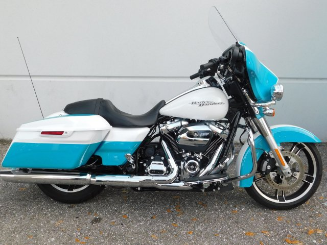 Pre-Owned 2017 Harley-Davidson Street Glide Special FLHXS Touring in