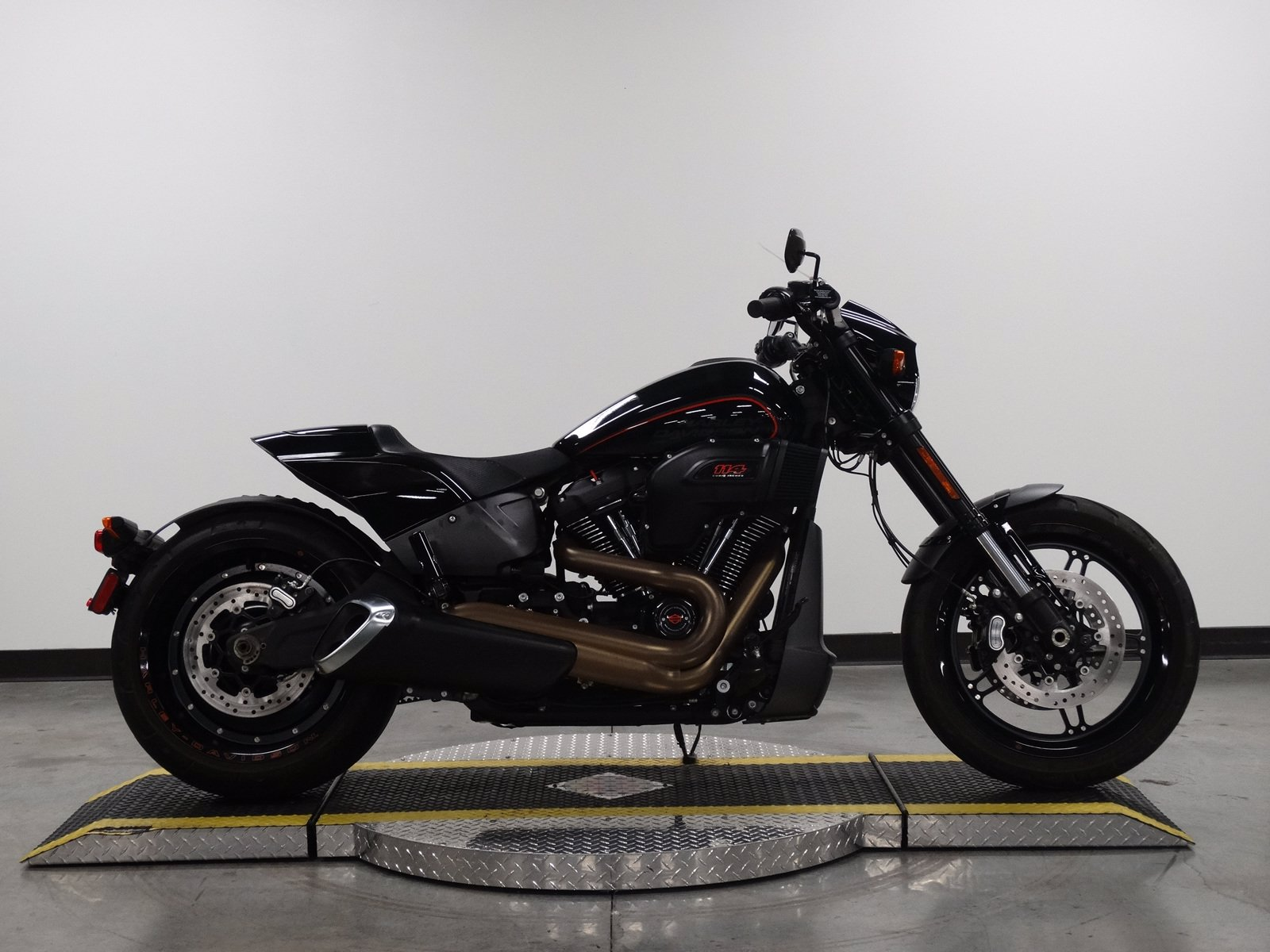Pre-Owned 2019 Harley-Davidson Softail FXDR114