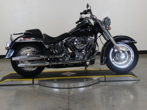 Pre-Owned 2016 Harley-Davidson Softail Deluxe FLSTN