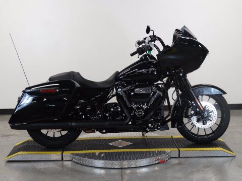 New 2018 Harley-Davidson Road Glide Special FLTRXS