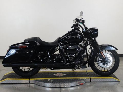 New 2018 Harley Davidson Road King Special FLHRXS